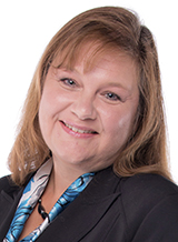 Lynn Epperson offers auto insurance in Lake-Villa, IL
